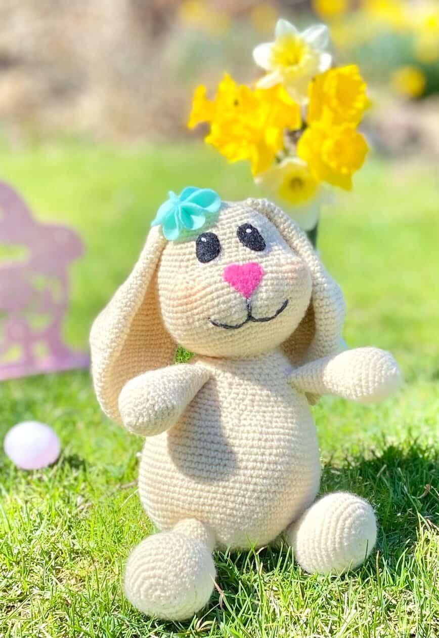 Bunny Amigurumi (Photo by Viana Boenzli)
